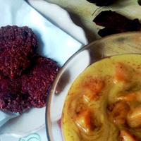 Kókusztejszínes batáta főzelék amarántos céklatócsnival
