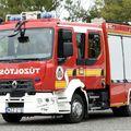 TRAGÉDIA NÉLKÜL MEGÚSZTÁK AZ M7-ESEN! Kigyulladt egy busz, siettek az érdi tűzoltók