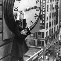 Az idő visszaveszi, amit korábban adott: hajnalban egy órával előbbre kell állítani az órát: Az éjszakások rosszul járnak