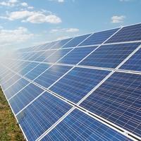 ÉRD SZOMSZÉDSÁGÁBAN BEINDULT! Battán elkezdett termelni a legnagyobb hazai naperőmű