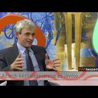 A MAI NAP ÉRDI TV-SZTORIJA: Elbeszélgetett egymás mellett Csőzik és T.Mészáros