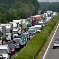 HAMARABB BŐVÍTIK AZ M1-ES AUTÓPÁLYÁT? Vagy mégsem bővítik? Újraírják az autópálya-építési terveket!