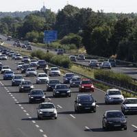 FONTOS HÍR: Nem változik a jövő évi autópálya-matricák ára