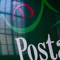 LEÉPÍTÉS ÉRDEN IS? Folyamatosan rúgják ki az embereket a Magyar Postától