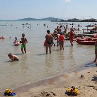 EBBEN A BRUTÁLIS MELEGBEN! Ezek az ingyenes strandok a Balaton körül - ha csobbanni akarsz