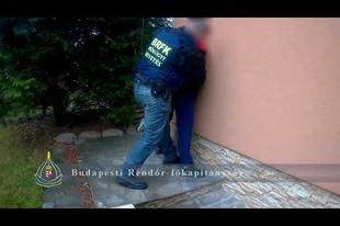 Érden kapták el a több, mint egy éve keresett helyi csalót, budapesti rendőrök!