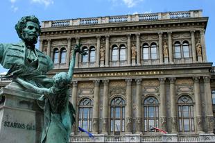 AZ AKADÉMIKUSOKTÓL SEM TŰRIK NARANCSÉK A KRITIKÁT! Elkezdik ledarálni a Magyar Tudományos Akadémiát