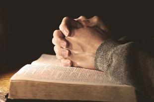 ÉRDI ATEISTA KUTYÁK! Jó lenne, ha végre hinnétek Istenben!