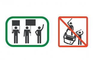 A TÜNTETÉSEN A TÁBLÁT FELFELÉ TARTSA! Ha vízbe esett az autójával, akkor ne evezzen
