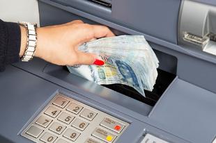HATALMAS VÁLTOZÁS AZ OTP-NÉL ÉRDEN IS : Más OTP-s ügyfél számlájára is utalhatunk az ATM-eken keresztül