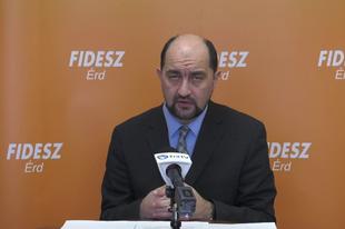 KÁROLY VAGYOK, SIMÓ KÁROLY! Fidesz droid 2.0, most elmondom a betanult szövegem