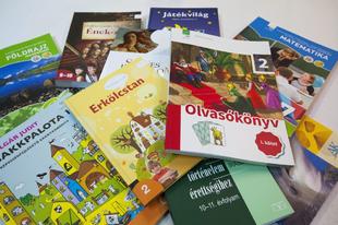 """""""ROSSZ HÍR"""" AZ ÉRDI DIÁKOKNAK! A Posta a tankönyveket határidőre leszállította az iskolákba"""