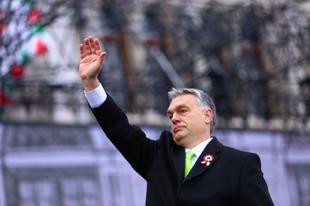 Nemzeti kuss legyen! Pont március 15-én fenyegette meg Orbán, bosszúálló beszédében az érdi polgárokat is. Nooormális?!
