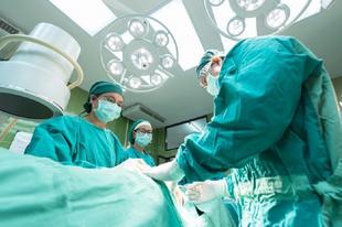ÖSSZEOMOLHAT A BALESETI ELLÁTÁS: Komoly lépésre készülnek a baleseti sebészek