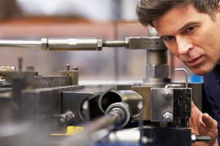 BORZALMASAN KELLENEK A TECHNIKUSOK: Ezzel a szakmával tuti a magas fizetés