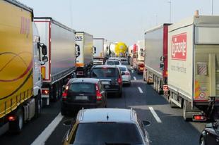 HOLNAPTÓL ÉRDNÉL IS JELENTŐS VÁLTOZÁSOK! Forgalmi rend, autópályadíjak is változnak