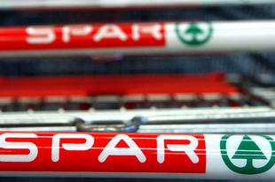 SPÓROLT EGYES DOLGOZÓKON A SPAR? Hatósági vizsgálattal fenyegetik a céget az alacsony bérek miatt