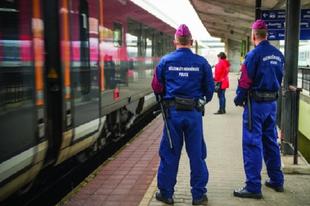 BELENÉZHETNEK ÉRDEN HOLNAP BÁRMIKOR A CSOMAGJÁBA! Fokozott ellenőrzés a vonatokon és a pályaudvarokon!