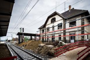 8 nap és jön a TELJES VÁGÁNYZÁR A KELENFÖLD-SZÁZHALOMBATTA vasútvonalon a korszerűsítési munkák miatt