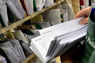 ÉRDEN MINDENKIT ÉRINT: Több postai szolgáltatás ára is megváltozik júliustól