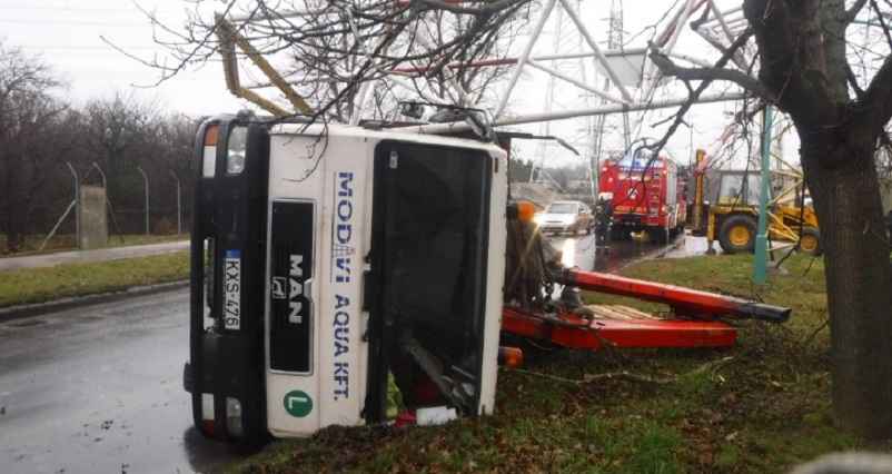 baleset0113-02-szbatta-pmki.jpg