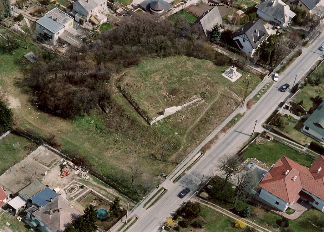 erd-castle-wikipedia.jpg