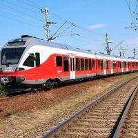 GYŐRBŐL VASÁRNAPTÓL KÖNNYEBBEN VONATOZUNK: Életbe lép az új vasúti menetrend