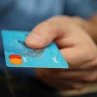 FELLÉLEGEZHETNEK A GYŐRI BANKSZÁMLA TULAJDONOSOK IS! Egy évvel elhalasztják az új szabályozást