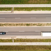 Hétfőn már az új, négysávos 1-es főúton haladhatnak az autók Győrben