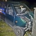 Két személygépkocsi karambolozott Győrben: egy embert kórházba szállítottak