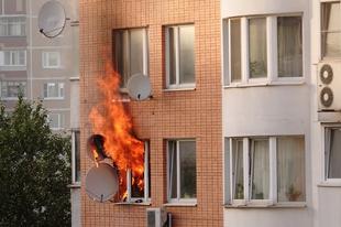 IDŐZÍTETT BOMBA A GYŐRI TÁRSASHÁZAKBAN! Van pénzed felújítani az elektromos hálózatot?