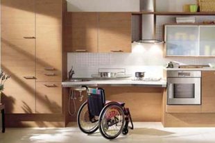 Jó helyre mennek az adóforintok: pályázat az idősek lakásának akadálymentesítésére