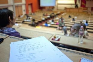 Könnyebbség a győri egyetemistáknak! Még a választások előtt megemelték a szociális támogatást, hamarosan forrást is teremtenek hozzá