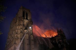 KORREKTÜL A KATOLIKUS EGYHÁZ HOZZÁÁLLÁSÁRÓL: Miért nem ők fizetik a Notre-Dame felújítását?