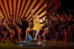 Világsztárok között szerepel Lázin Beatrix és a győri színház énekkara