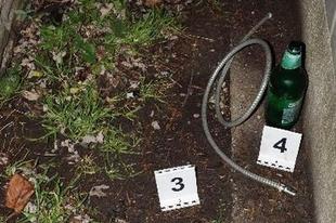 LÚZER TOLVAJOK: Sörösüvegbe szívtak le benzint egy autóból a Sport utcában Győrben. Mi jöhet még?