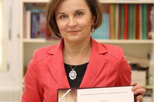GRATULÁLUNK! Magyar Kémiaoktatásért díjat kapott a győri pedagógus