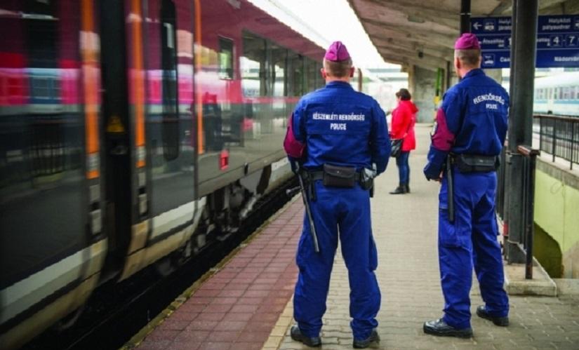 rendorseg-palyaudvaron-police-hu.jpg