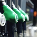 MOSONMAGYARÓVÁRI AUTÓSOK, KÉSZÜLJETEK: Holnaptól megint csökkennek az üzemanyagárak