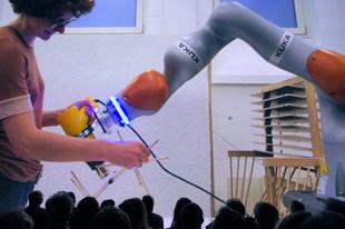 Jönnek a robotok, elveszik a munkánkat?