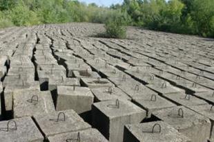 Ilyet nem látott még! Brutális méretű betontömb tároló Dunakilitinél