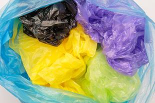 ÁRUK BRUTÁLISAN EMELKEDIK MOSONMAGYARÓVÁRON IS JÖVŐRE! 2021-től pedig a tervek szerint Magyarországról kitiltják a műanyag zacskókat