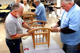 A MUNKAERŐHIÁNY NAGY KÉRDÉSE: Óváron mennyien dolgoznának nyugdíj mellett?