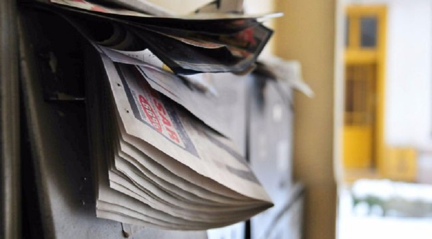87dedd53a1 AGYAM ELDOBOM: Évi 25 kiló szórólap szemét a postaládánkban  Mosonmagyaróváron is