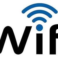 Jöhet az ingyenes köztéri wifi Tatabányán, még pénzt is adnak hozzá
