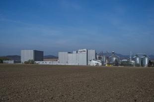 1,7 milliárdért Tatabányán építette új takarmánygyárát Gyermelyi