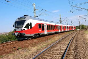 TATABÁNYÁRÓL VASÁRNAPTÓL KÖNNYEBBEN VONATOZUNK: Életbe lép az új vasúti menetrend