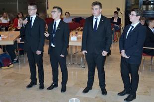 SZUPER TELJESÍTMÉNNYEL! Országos döntőben a tatabányai Árpádosok
