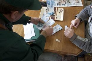NESZE NEKTEK TATABÁNYAI NYUGDÍJASOK: Nem emelik a nyugdíjminimumot, marad a megalázó 28.500 forint