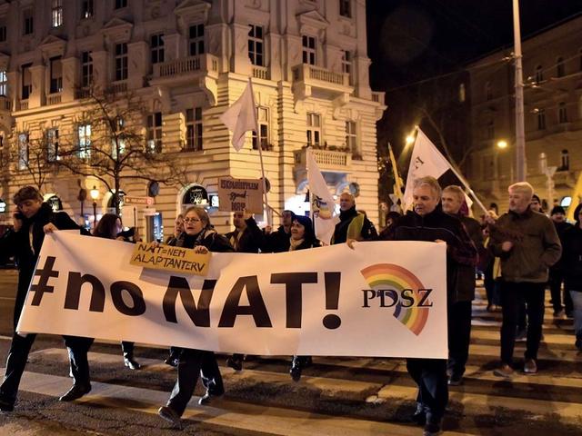 Okos melegvíz órákat szerelnek fel Tatabányán | Magyar Nemzet